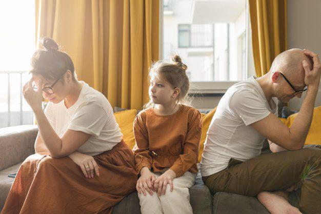 dziecko wybawca w konflikcie rodziców